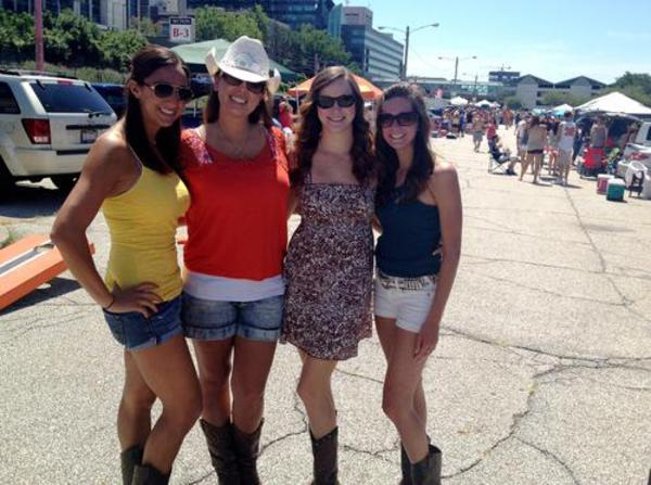 What To Wear To A Country Concert What To Wear