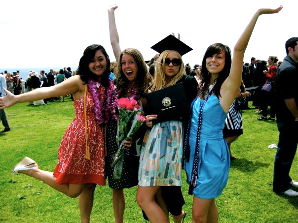 cbac2982a83 What to Wear for Graduation Day