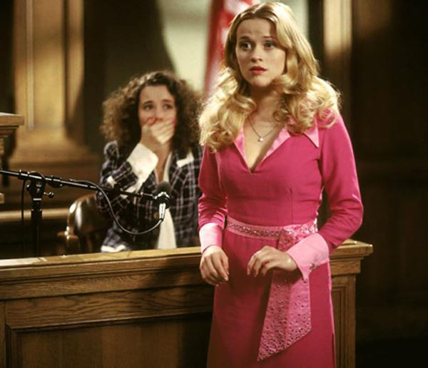 legally blonde courtroom outfit
