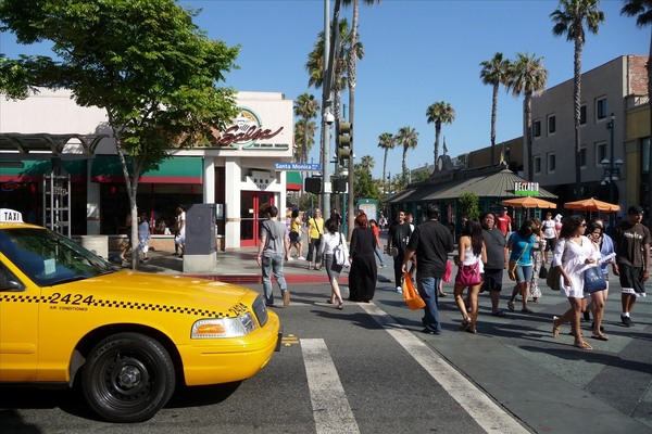 santa monica boulevard and third street